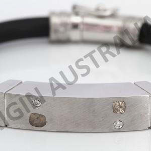 "ORIGIN AUSTRALIA ""land I love"" fine bracelet"